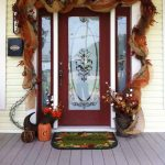 47 Cute & Inviting Fall Front Door Décor Ideas