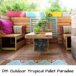DIY: Outdoor Tropical Pallet Paradise