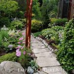 12 Stepping Stone & Garden Path Ideas